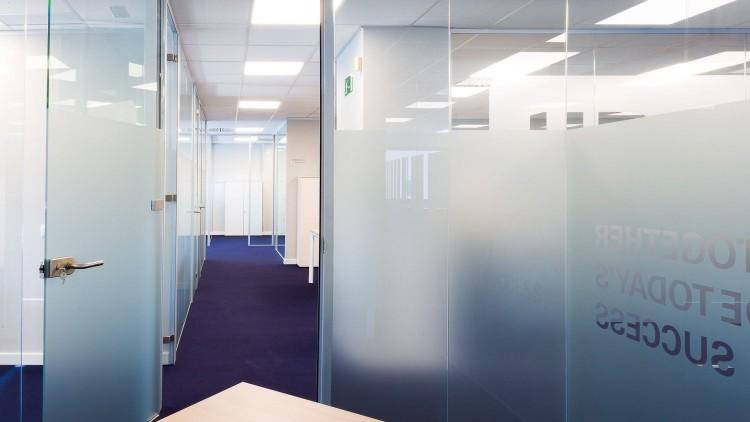Proyecto división oficinas en UBS