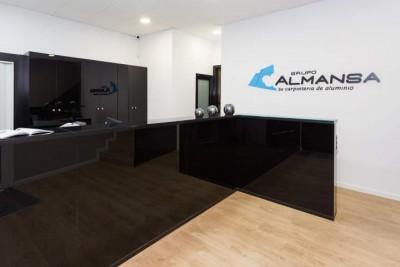 Foto de la tienda Montcada i Reixac 8